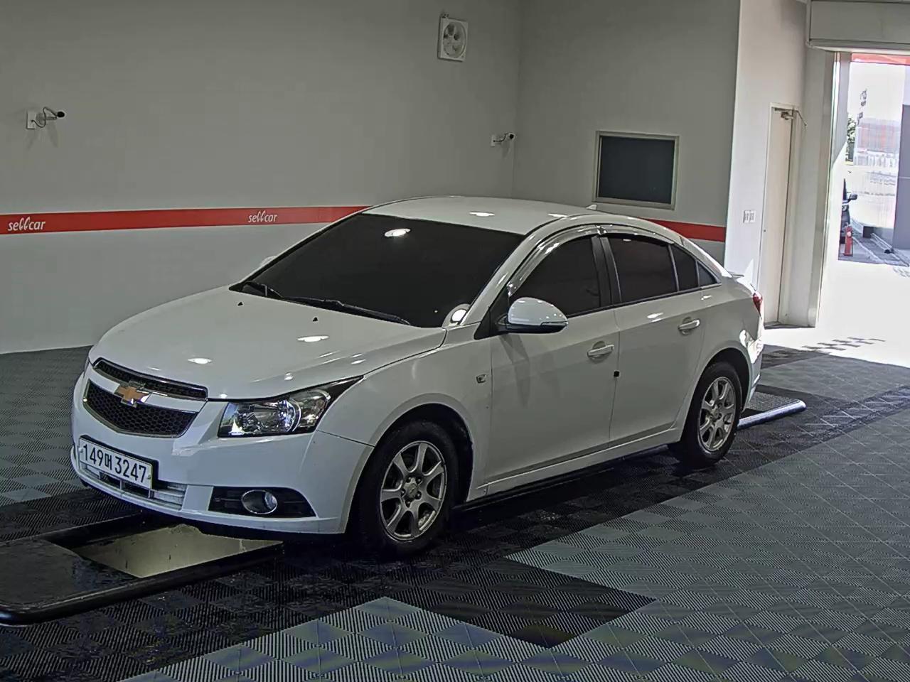 1602 Chevrolet GM Korea Cruze 10-14 years 2-0 LTZ