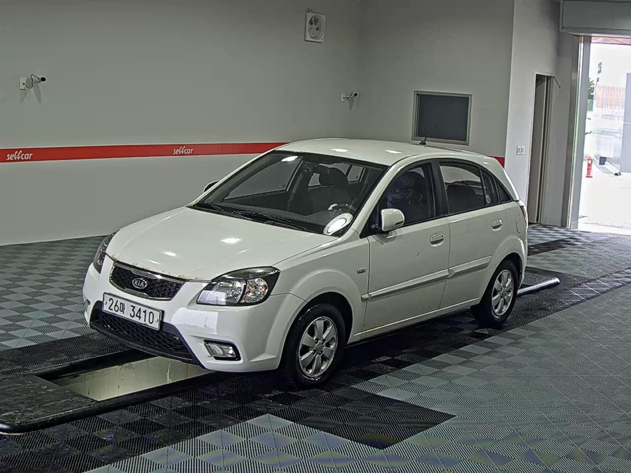 1738 Kia Pride new model 05-11 Diesel 5DR 1-5 VGT LX